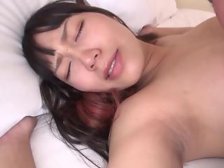 Guy bones pregnant Japanese MILF and creams her moist peach