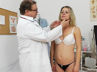 Filthy doctor is playing with a pussy of a passionate MILF
