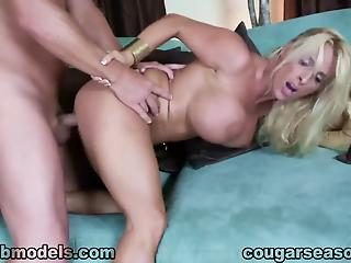 Sex-addicted busty cougar likes hardcore sex, big cocks and sperm