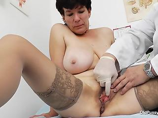 Perfect big-boobed cougar in stockings and a nasty gynecologist