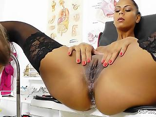 Doctor and elegant Latina mom that has a very sweet shaved pussy