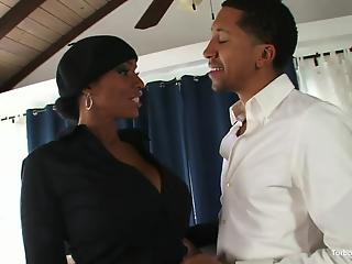 Experienced ebony MILF handles a big black dick like a pornstar
