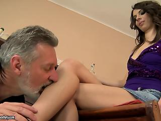 Old man hardly drills a slender young brunette in a shaved pussy