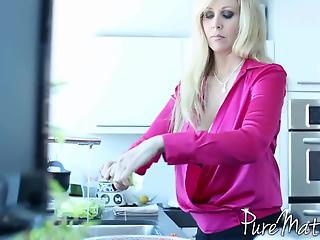 Tiny blonde and buxom MILF share lover's pretty penis