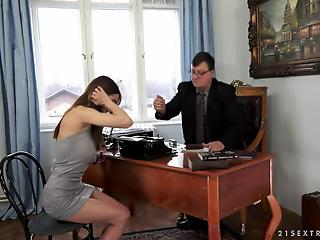 Young secretary let fat old boss creampie her shaved pussy