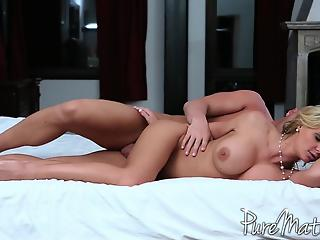 Godlike housewife with big boobs rides a dick like a pornstar