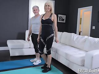 Astonishing blonde MILF sucks and fucks like a porn star