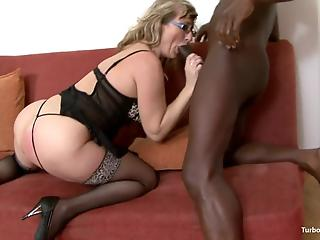 Beautiful mature hottie enjoys hardcore interracial banging