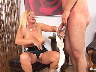 Chubby blonde with natural jugs goes dirty with new lover