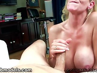 Housewife with perfect boobs sucks cock till it ejaculates