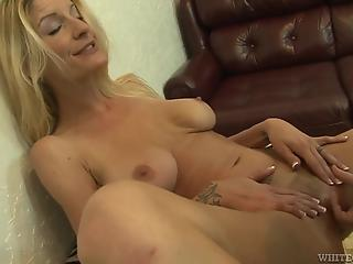Blonde MILF doesn't mind trying anal sex with old man