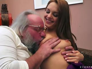 Gorgeous young slut is getting nicely fucked in the missionary...