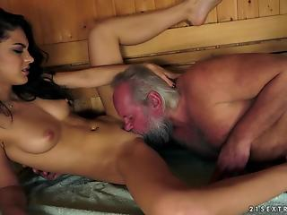 Dick-loving amateur mature swallows fresh cum after quick fuck