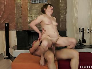 GILF in red gets railed an violently creampied